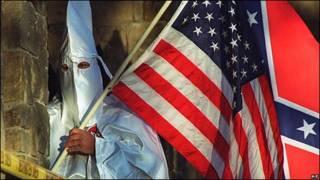 Simpacitante del Ku Klux Klan.