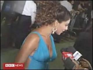 یکی از بازیگران شرکت کننده در مراسم جوایز بالی وود