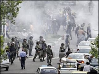 پلیس ضدشورش ایران در تهران