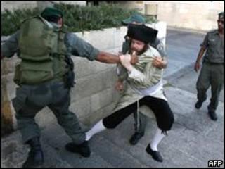 أحد المتظاهرين اليهود (11/07/09)