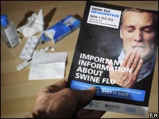 Material com orientação sobre gripe suína que será distribuído pelo governo britânico (PA)