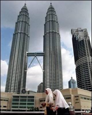 Tháp đôi Petronas tại thủ đô Kuala Lumpur