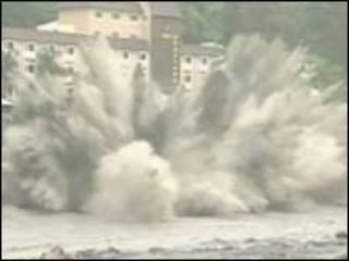 Tufão Morakot atinge a China