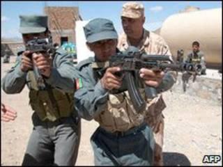 آموزش نیروهای افغان