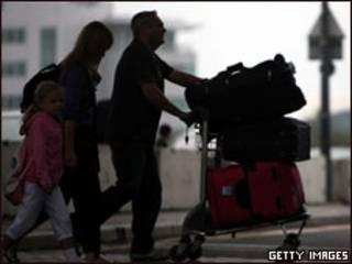 Turistas embarcam em Manchester