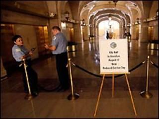 اعلان عن اغلاق مبنى حكومي في شيكاغو