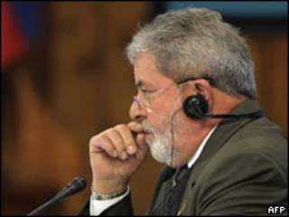 O presidente Luiz Inácio Lula da Silva durante a reunião da Unasul, nesta sexta-feira (AFP, 28 de agosto)