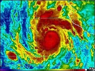 Imagem de satélite do furacão Jimena
