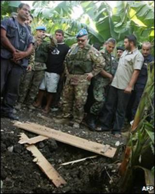 بازرسی یونیفیل از محل اصابت راکت های اسرائیلی