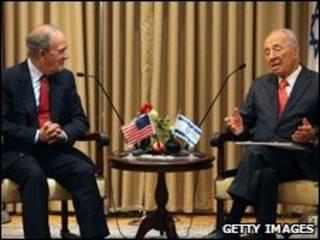 George Mitchell, ve Şimon Peres