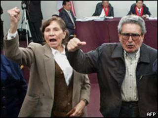 Abimael Guzman y Elena Iparraguirre, líderes de Sendero Luminoso