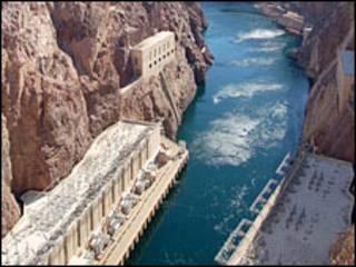 Represa en el río Colorado