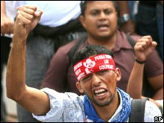 Manifestante pró-Zelaya em Honduras