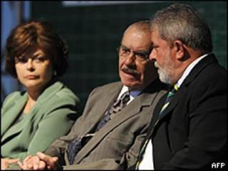Lula da Silva con el presidente del Senado, José Sarney