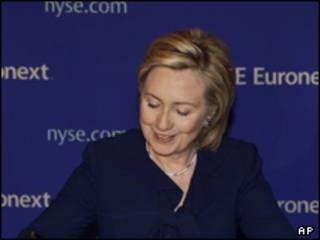 وزيرة الخارجية الأمريكية، هيلاربي كلينتون