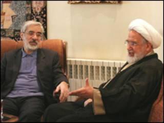 عکس آرشیوی از دیدار مهدی کروبی و میرحسین موسوی