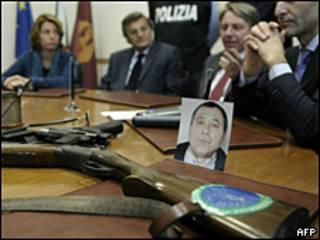Armas confiscadas a la camorra.