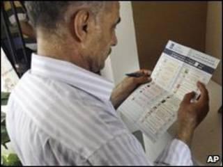 Eleitor no Iraque (foto de arquivo)