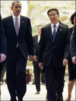 Obama na China com o prefeito de Xangai, Han Zheng