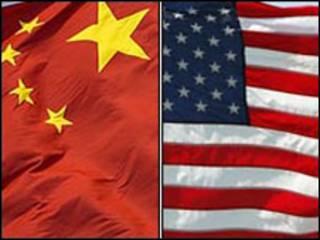 پرچم های آمریکا و چین