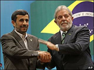 Mahmoud Ahmadinejad y Luiz Inácio Lula da Silva