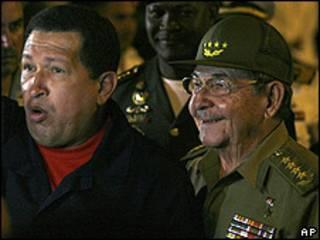 Hugo Chávez y Raúl Castro, en La Habana