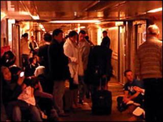 Пассажиры поезда Eurostar