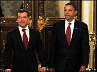Tổng thống Nga Dmitry Medvedev và Tổng thống Hoa Kỳ Barack Obama
