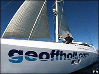 Holt a bordo de seu catamarã, Impossible Dream