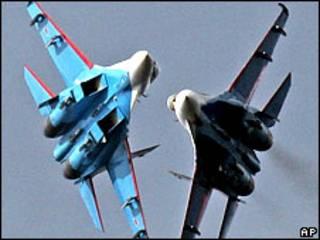 Истребители Су-27 (архивное фото)