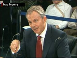 Tony Blair durante el interrogatorio