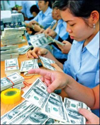 Kiểm đôla Mỹ tại Việt Nam