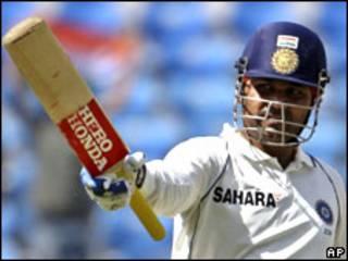 श्रीलंका बनाम भारत टेस्ट मैच में सहवाग 85 रन पर