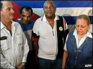 Orlando Zapata (no meio)