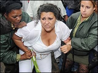 Dama de Blanco detenida en La Habana