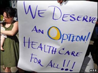Manifestantes a favor da reforma de saúde. Foto AFP