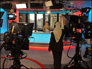 پخش برنامه تلویزیون فارسی بی بی سی