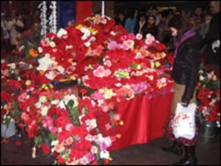 Цветы на станции Парк культуры