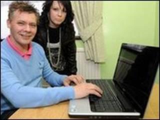 英国第一位宽带家庭用户马克·布什