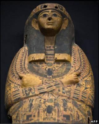 Sarcófago de madera robado de Egipto
