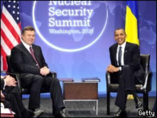 Президенты Украины и США Виктор Янукович и Барак Обама