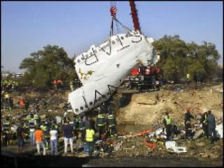 Avión MD82 de Spanair siniestrado en Barajas