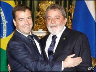 Lula e Medvedev durante encontro em Moscou