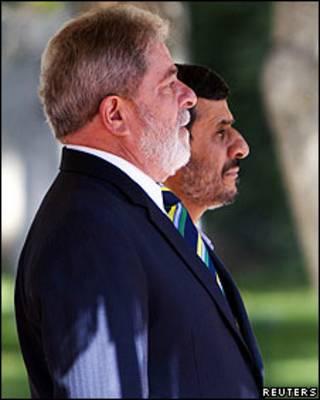 O presidente Lula e o líder do Irã, Mahmoud Ahmadinejad