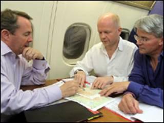 Британские министры по пути в Афганистан