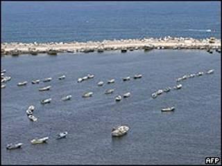Embarcaciones en el puerto de Gaza