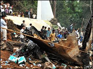 Acidente aéreo em Mangalore, Índia