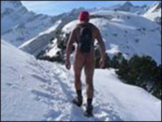 naked_swiss_hiker