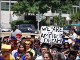 Manifestación a favor del DREAM Act