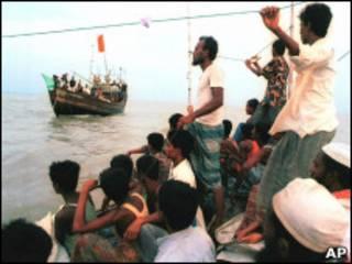 Паромы в Бангладеш
